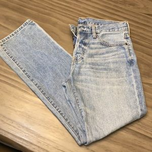 A & F Classic straight men's jeans